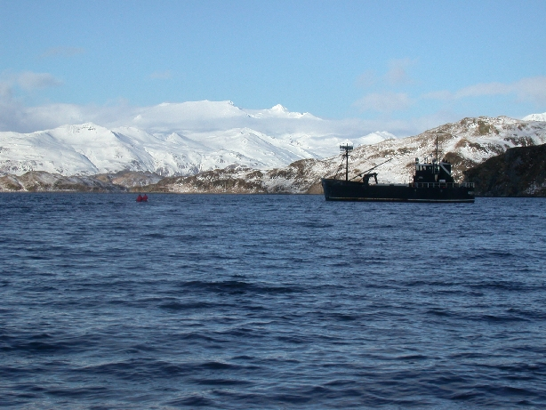 Selendang-Ayu-Spill-Response 2004 in Alaska's Unalaska Island area on Berring Sea
